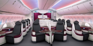 22 Business Class seats at the pointy end of the aircraft with a pleasing 1-2-1 layout and lie-flat bed seats and direct aisle access Photo : ©AirlineReporter.com via AusBT