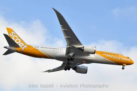 "Scoot's first 787 9V-OJA ""Dream Start"" landing on Perths runway 21, completing its first revenue service. Photo taken by local aviation photographer Alex Hazell"