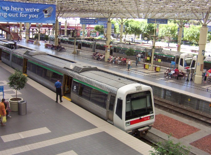 Perth Airport rail line contract awarded